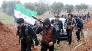 Rebeller som tillhör den Fria syriska armén stöder Turkiet i offensiven mot kurderna i Afrin