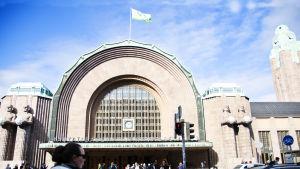 Helsingfors centralstation från ut sidan