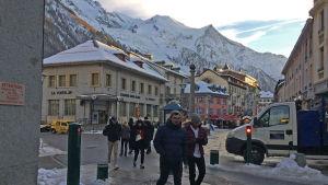 Antalet turister borde inte öka i Chamonix, anser borgmästare Eric Fournier.
