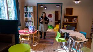 Barnavdelning i bibliotek.