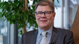 Enligt professor Esa Vakkilainen kan Finland inte längre räkna med vattenkraft från Sverige.
