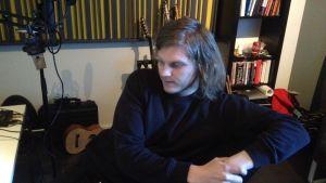 Axel Ehnström i studion