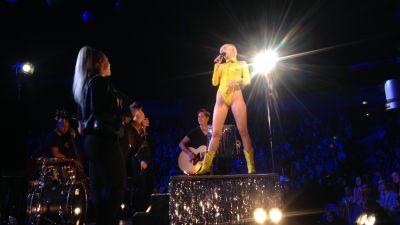 Miley Cyrus porr rör