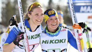 Maaret Pajunoja och Krista Pärmäkoski ler mot kameran