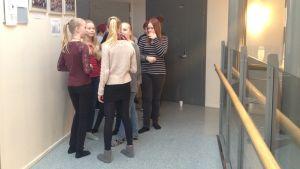 Högstadieelever i Cronhjelmskolan i Larsmo.
