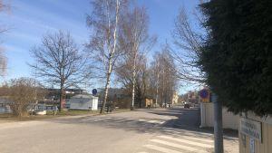 En gata i Ekenäs som heter Norra Strandgatan.