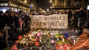 Reaktioner på terrorattacken i Bryssel den 22 mars 2016.