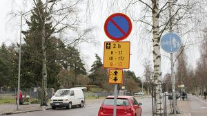 skylt om parkering vid Sanduddsgatan