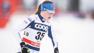 Johanna Matintalo i världscupen i Ruka 2017.