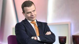Samlingspartiets ordförande Petteri Orpo i Yles Morgonettan.
