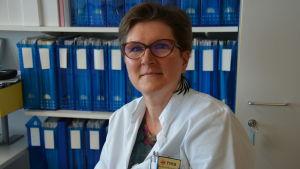 Liisa Lehtonen, avdelningsöverläkare och ansvarsområdeschef vid kliniken för barn och unga vid ÅUCS.