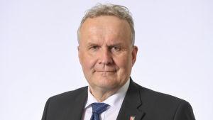 Kansanedustaja Hannu Hoskonen, Suomen Keskusta.