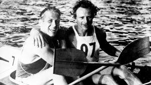 Thorvald Strömberg och Gert Fredriksson efter 1000 meter i OS 1952.
