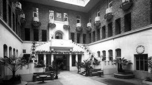 Börshusets innergård, år 1914.