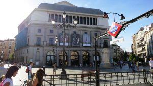 Madridin oopperatalo Teatro Real