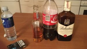 Dryckutbudet på en förfest i Litauen.