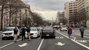 Soldater vaktar gatorna i Washington D.C.
