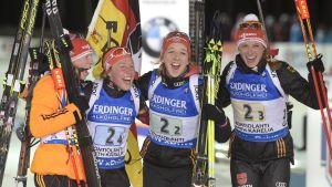 Tyska damerna efter damstafetten 2015 VM