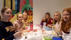 Flickor i Villa skola i Karleby