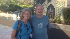 Sue Cheston, Gordon Converse, amerikanska turister i Aten
