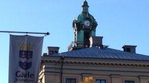 Politiska modellen i Gävle studeras noggrannt - kan de borgerliga regera med stöd av Sverigedemokraterna?
