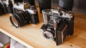 En gammal och en ny kamera