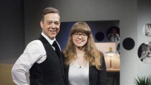 Riko Eklundh och Felicia Järnström i De Eurovisa.