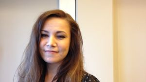 Julia Korander, skådespelare i filmen Lola uppochner