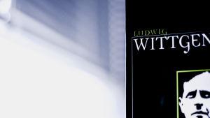 En bok av Wittgenstein.