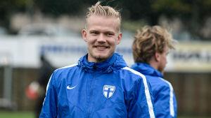 Joel Pohjanpalo på Finlands träningar inför kvalmatchen mot Kroatien.