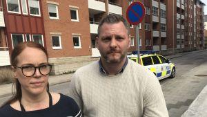 Poliserna Sophia Willander och Thomas Stjernfeldt.