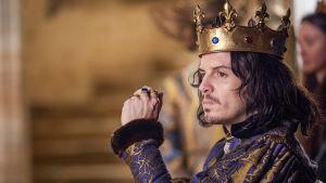 Andrew Scott on Ranskan kuningas Ludvig