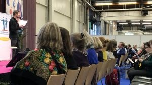 Juha Hurme föreläser för finska svensklärare på Educamässan.