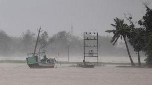 Översvämningar i Odisha i Indien.