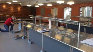 Den nyrenoverade matsalen tas snart i bruk i Karis svenska högstadium.