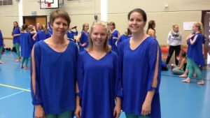 Maria Myllylä, Rebecca Myllylä och Jennie Kronman-Sten från Vasa gymnastikförening.