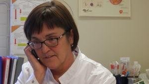 Överläkare Britt-Marie Bjon