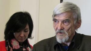Jurij Dmitriev efter en av domstolsbehandlingarna 2018 då han ännu var på fri fot