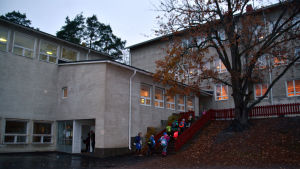 Skolgården vid Katarinaskolan i Karis, Raseborg.