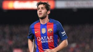 Sergi Roberto spelar fotboll för FC Barcelona.