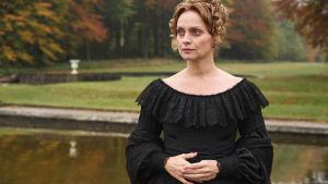 Kuvassa Kentin herttuatar (CATHERINE FLEMMING).