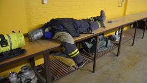 Pargas frivilliga brandkårs docka.