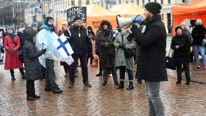 demonstration mot coronarestriktioner