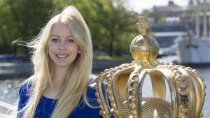 Johanna Lejon är hovreporter på Svensk Damtidning och var med på prins Carl-Philips bröllop.