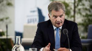 Republikens president Sauli Niinistö på presskonferensen inför samtalen på Gullranda i juni 2018.