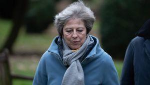 Premiärminister May lämnade en gudstjänst nära Maidenhead, väster om London, på söndagen 13.1.