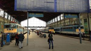Perronger i Budapest järnvägsstation