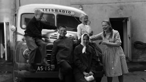 Lasten Radion väki lähdössä ohjelmakiertueelle vuonna 1960.