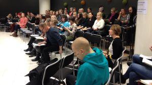 Publiken var vältalig vid Nordiskt välfärdscenters seminarium