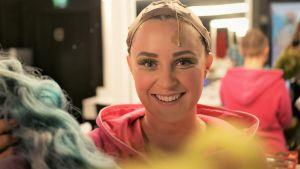 Musikalartisten sarah nedergård backstage